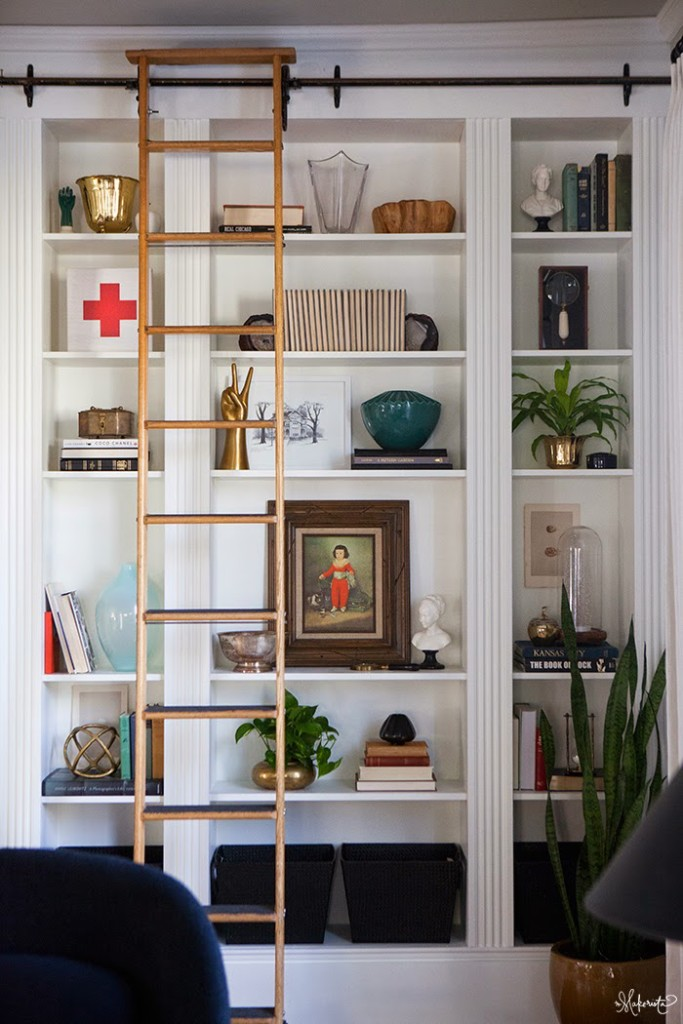 Laura 39 s living room ikea billy bookshelves hack the makerista - Echelle bibliotheque ikea ...
