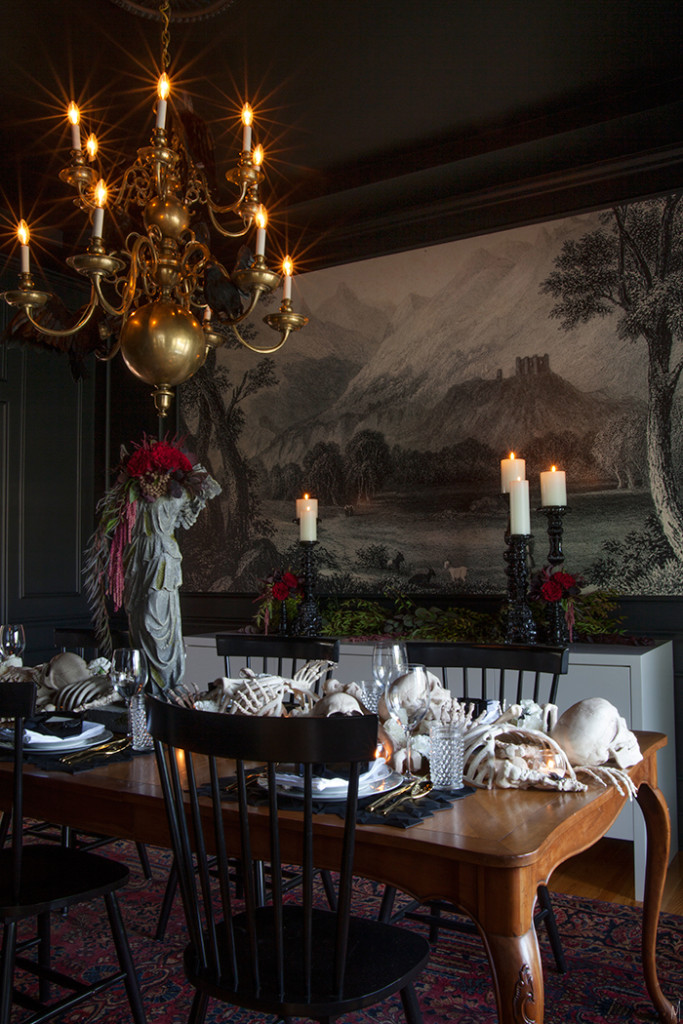 Dining Room Dark Romantic: A Spooky Supper Setting