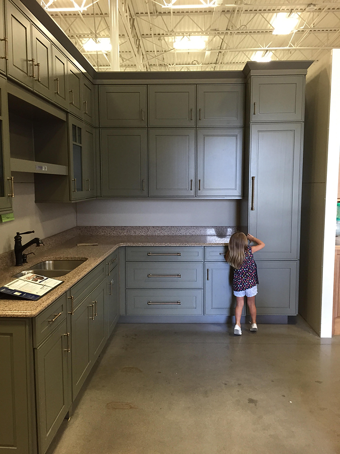 The Kitchen: Choosing Cabinets And Countertops