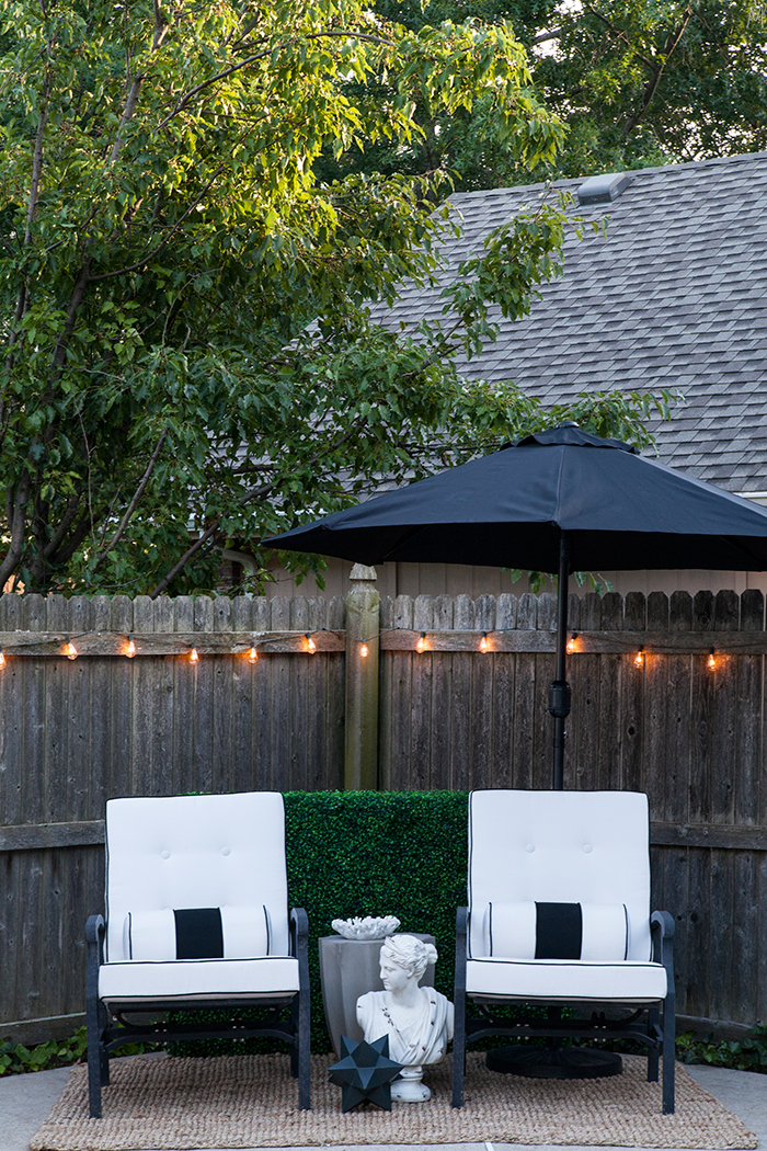 The-Makerista-Backyard-Makeover-Staycation-Spot-At-Home-Refresh-Black-White-Classic-Modern-Outdoor-Living-IMG_4954