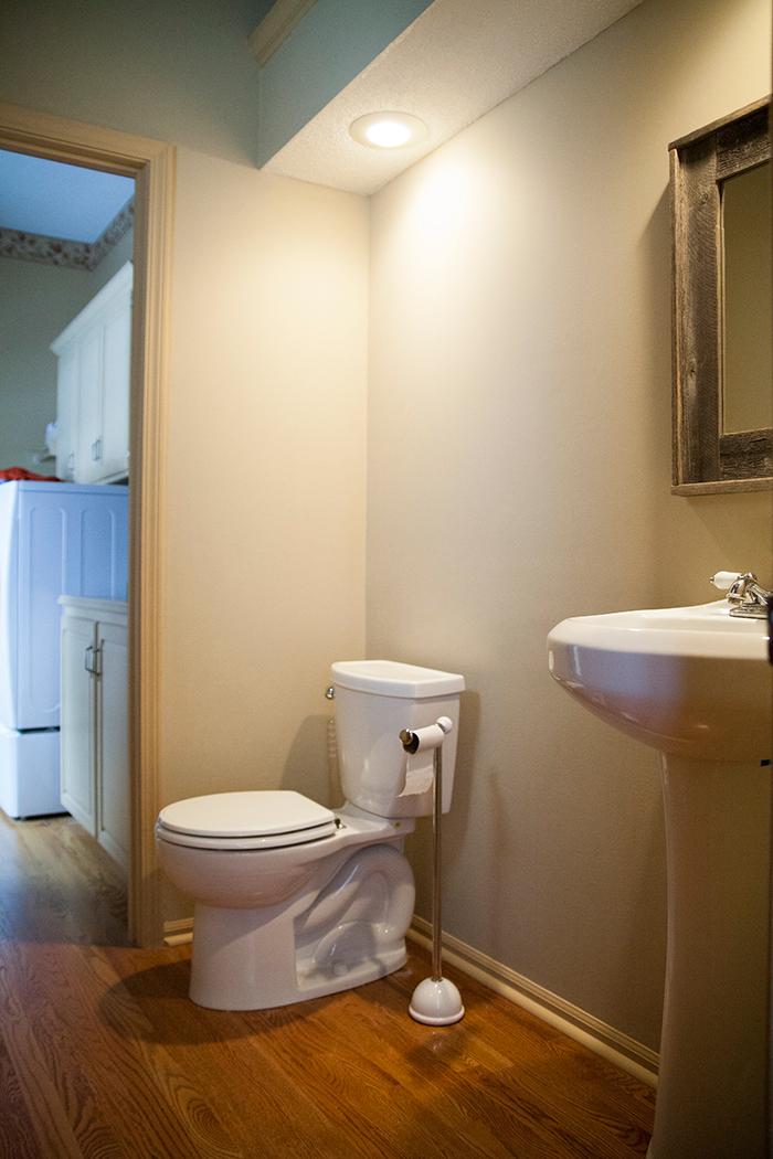 before-hall-bath-img_0195