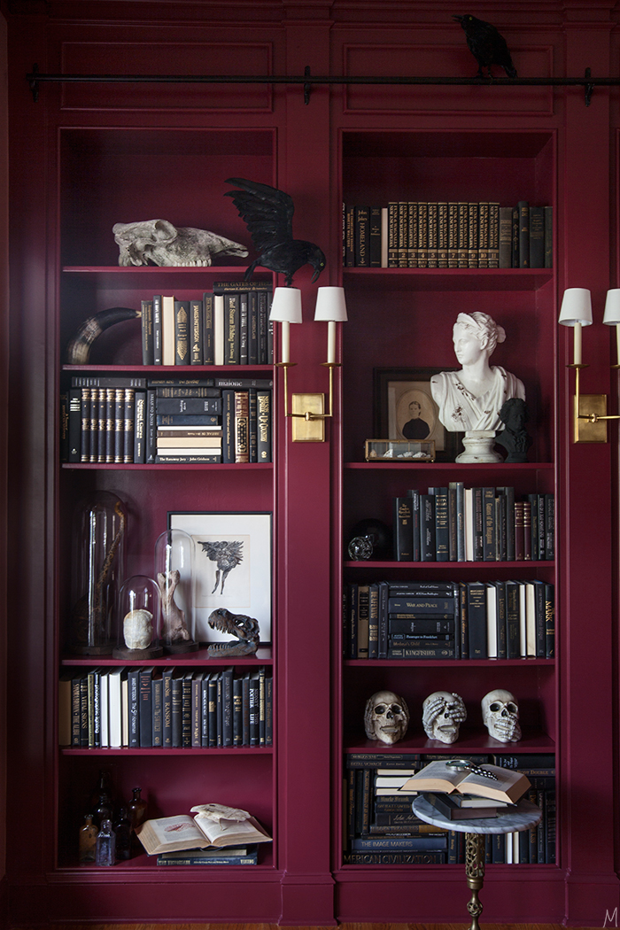 the-makerista-halloween-decor-curiosities-bookshelves-library-berry-color-black-and-white-spooky-img_6347