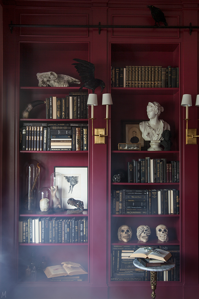 the-makerista-halloween-decor-curiosities-bookshelves-library-berry-color-black-and-white-spooky-img_6351
