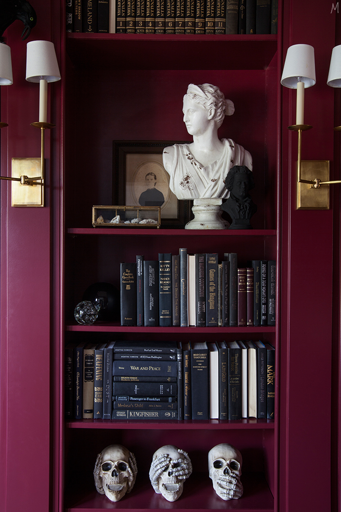 the-makerista-halloween-decor-curiosities-bookshelves-library-berry-color-black-and-white-spooky-img_6365