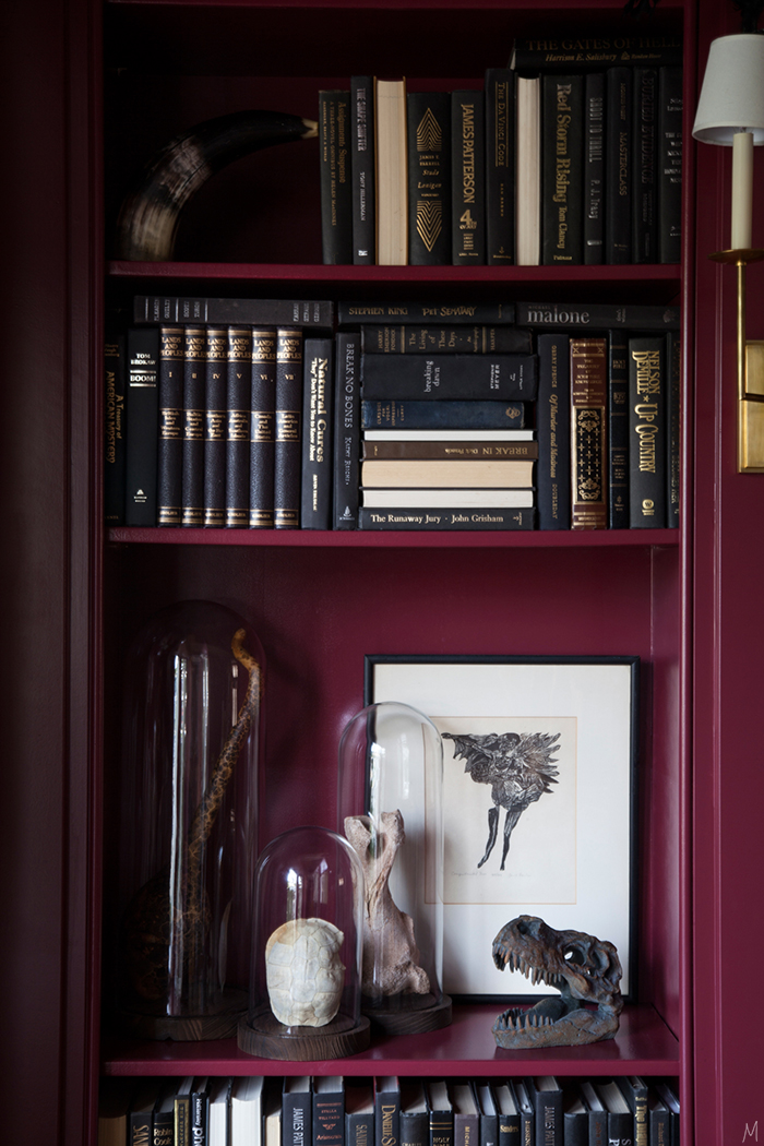 the-makerista-halloween-decor-curiosities-bookshelves-library-berry-color-black-and-white-spooky
