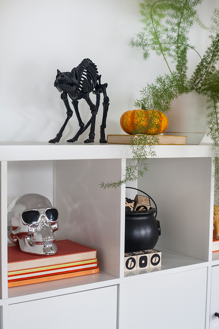 the-makerista-playroom-bright-happy-halloween-at-home-orange-black-white-yellow-img_6559