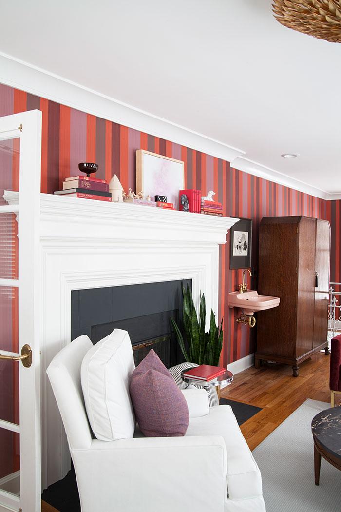 The-Makerista-Sunroom-Nursery-Office-Striped-Wallpaper-IMG_7496