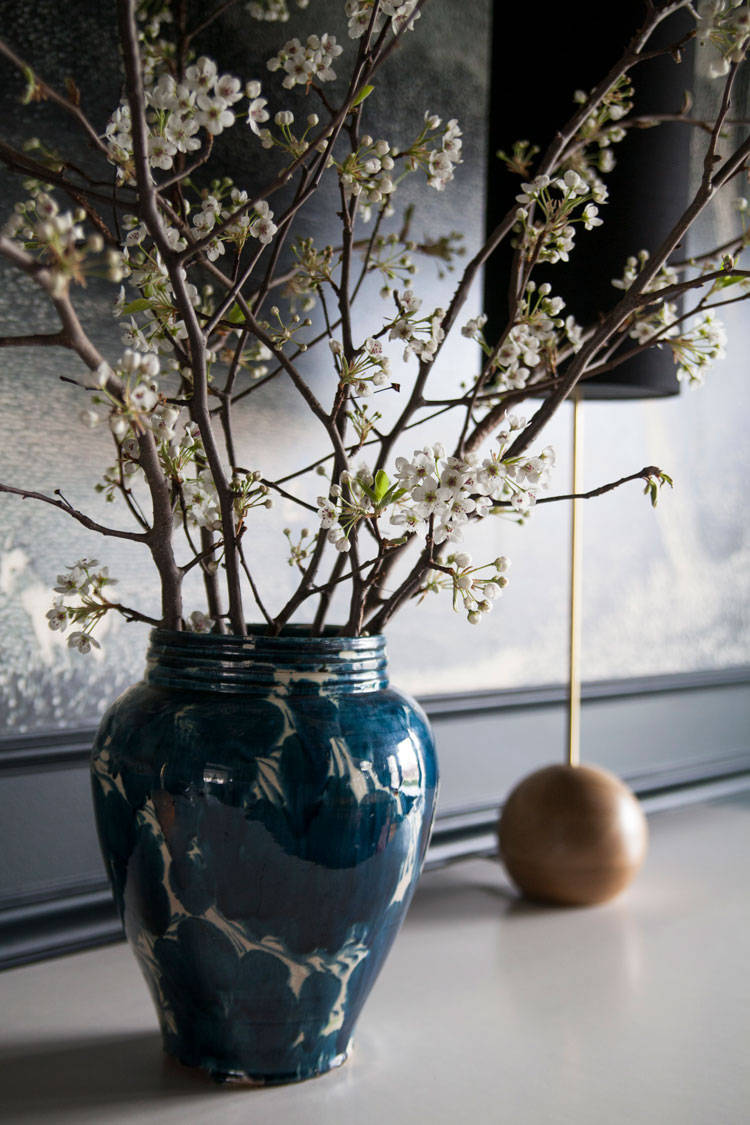 The-Makerista-Dining-Room-Spring-Flowers-Branches-IMG_8012